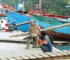 am Hafen (Foto: chari , Padang, Sumatra, Indonesien am 21.01.2012) [2901]