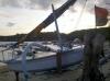 Doppelausleger-Fischerboot am Hauptstrand (Foto: chari , Padangbai, Bali, Indonesien am 09.12.2014) [4339]