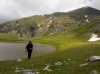 Smolikas-Gipfel hinter Drachensee (Foto: chari , Smolikas, Epirus, Griechenland am 27.06.2015) [4488]