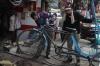 Fahrrad-Rikshaw-Reparatur (Foto: chari , Haridwar, Uttarakhand, Indien am 25.01.2018) [4924]