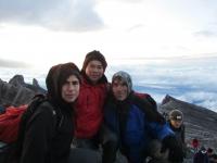 Gipfel mit Blick auf Southpeak (Foto: katarina , Gunung Kinabalu, Sabah, Malaysia am 15.02.2011) [2146]