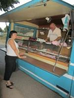 Die Metzgerei auf Rädern (Foto: katarina , Tattone, Korsika, Frankreich am 26.08.2011) [2378]