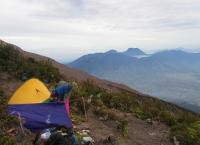 Shelter 3 - auf etwa 3500m (Foto: chari , Gunung Kerinci, Sumatra, Indonesien am 25.01.2012) [2693]