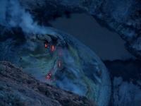 Kerinci, Blick in den Krater (Foto: chari , Gunung Kerinci, Sumatra, Indonesien am 26.01.2012) [2719]