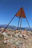Gipfelmarkierung (Foto: chari , Capu di u Vitullu, Korsika, Frankreich am 04.06.2019) [5181]